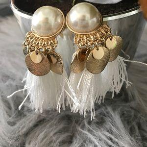 H&M Pearl Tassel Earrings